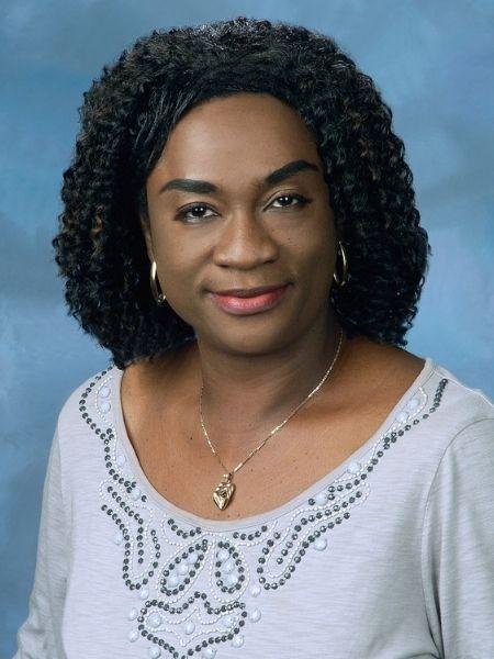 Dr. Elizabeth Oviawe Nova Southeastern